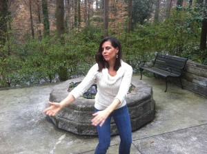 Turn Body And Look Up At The Moon, Qi Gong Exercise