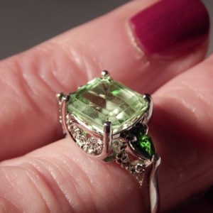 HUGE 4.37 CT. SQUARE PERIDOT & TSAVORITE GARNET THREE-STONE RING STERLING SILVER